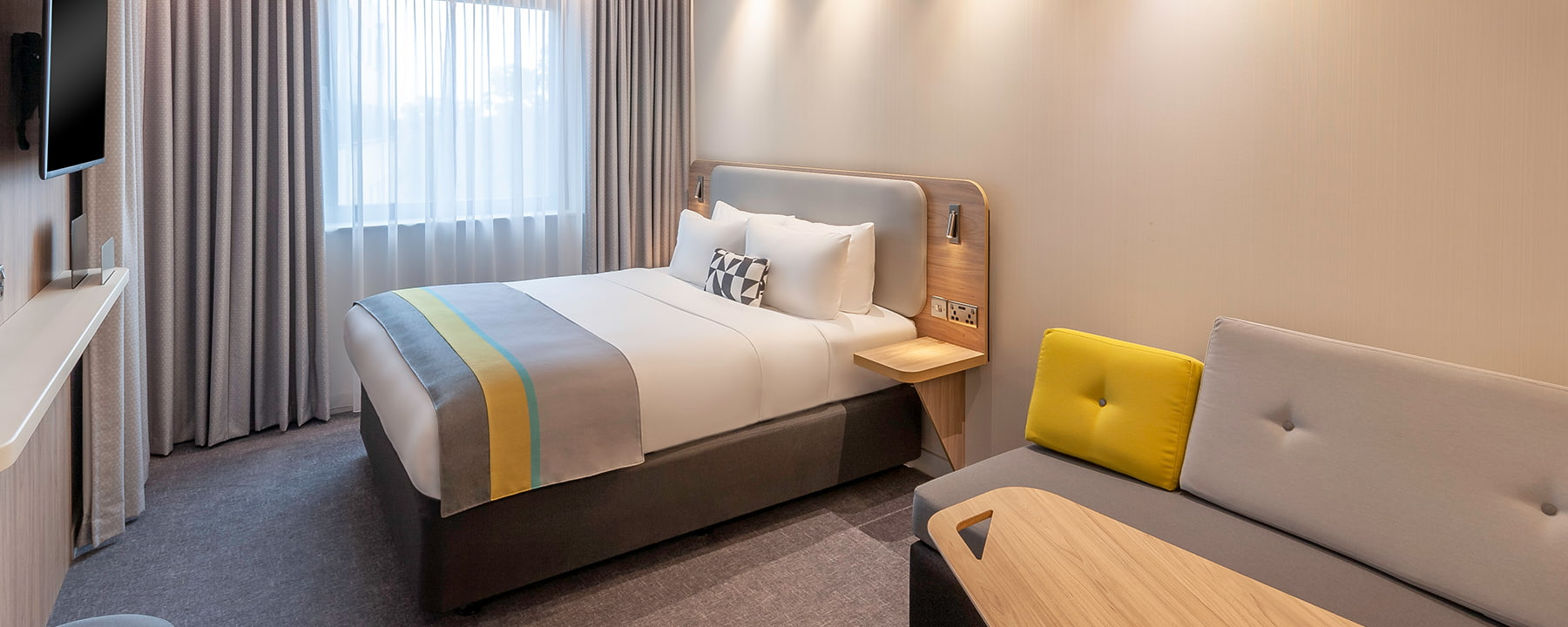 Dublin Airport hotel double bedroom