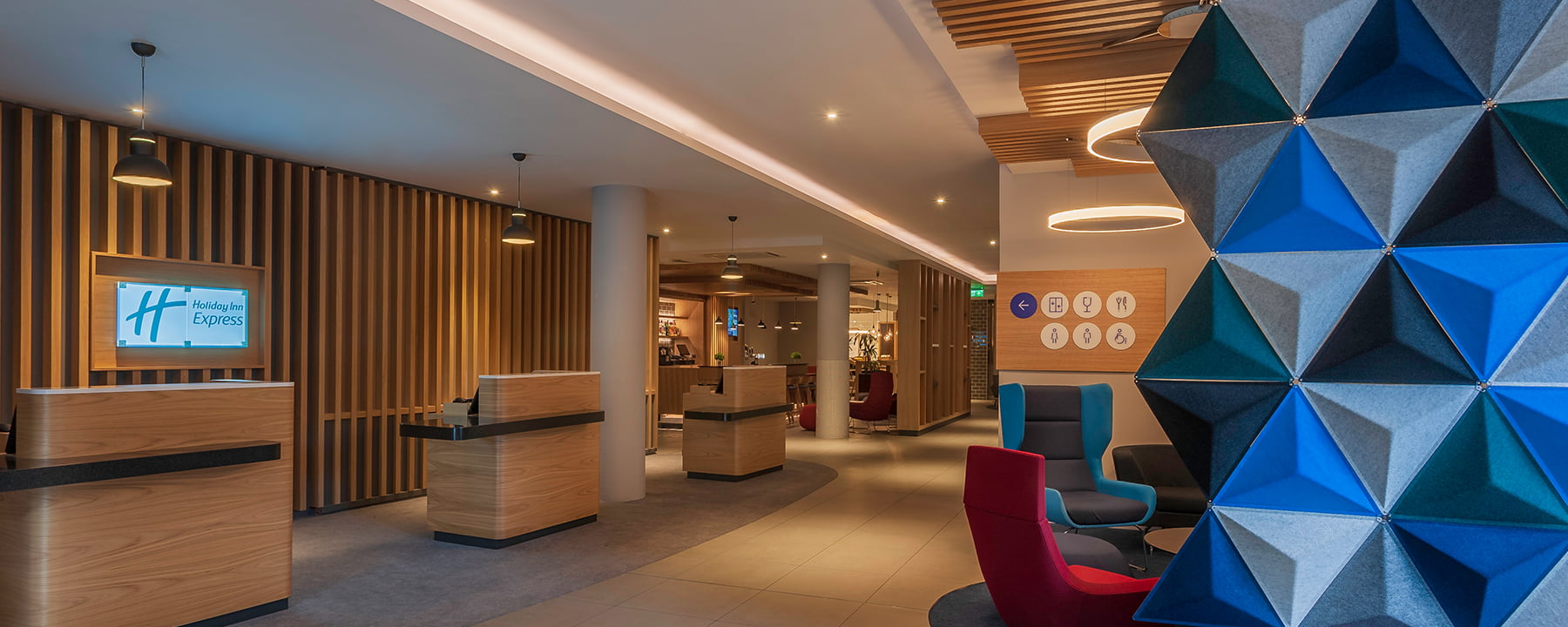 Dublin Airport hotel reception